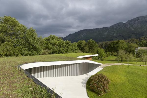 CaeaClaveles-La-Pereda-Llanes-Asturias-Emma-Fernandez-Granada-Longo-Roldan (8)