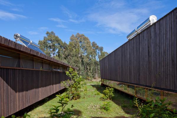 Cabanas-Morerava-Hanga-Roa-Isla-de-Pascua-Chile-AATA Arquitectos (16)